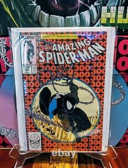 Amazing Spider-Man 300 high grade! 1st appearance Venom not cgc