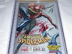 Amazing Spider-Man #700 CGC SS Signature Autograph STAN LEE Death Peter Parker