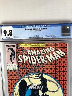 News Stand CGC 9.8 AMAZING SPIDER-MAN #300 1ST VENOM APPEARANCE MCFARLANE
