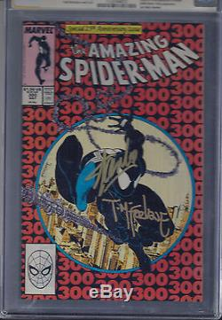 The Amazing Spider-Man #300 cgc 9.6 signed by Stan lee and Todd Mcfarlane White